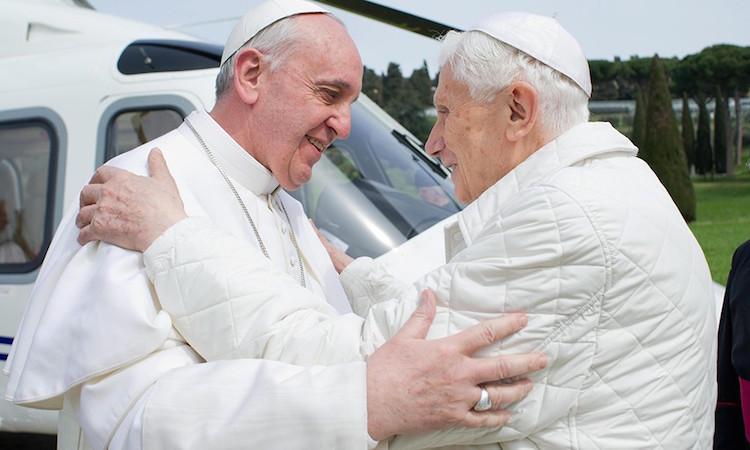 Religione – Dimissioni papali: Intervista in esclusiva a Mons. Stenico