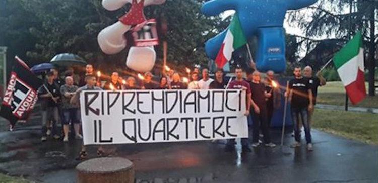 Torino: Rom non vi vogliamo! Polizia come gli squadristi di un tempo, e cittadini conniventi, sotto la Mole.