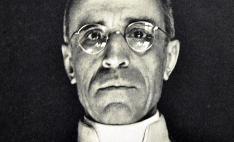 Religione – Pio XII, il Papa degli ebrei. Grande convegno a Roma per salvare la memoria