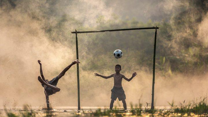 Filosofía – A favor de la Fratria. ¡un encuentro abierto, un bien común como el Fútbol!