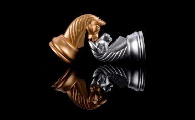 L'eterna lotta fra interiorità ed esteriorità, vista nel bianco e nero degli scacchi. (2° parte)