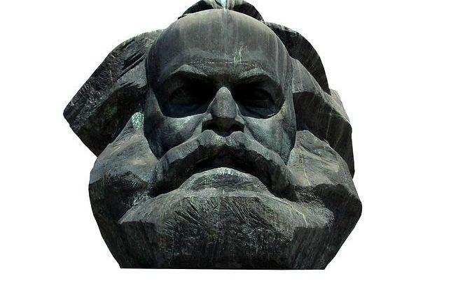 Fichte, Marx & Gentile: Idealismo e Praxis