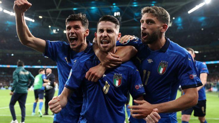 Italia vince e l'italiano scende in pazza (ma proprio pazza!)